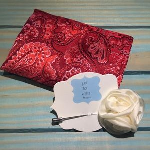 NEW Men's pocket square and lapel pin